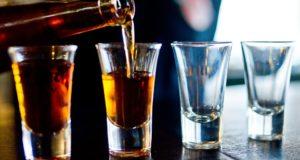 Alkohol a drogy vpráci. Kdy máte problém?
