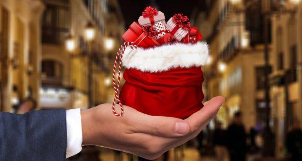Jak si poradit spůjčkou na vánoční dárky?